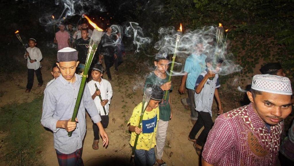 Di Aceh Ada Zikir Obor Mengusir Jin Lho