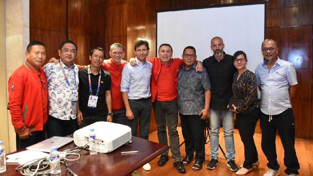 Luis Milla Ogah Tebar Janji Manis Pasti Juara untuk Indonesia
