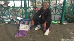 Viral Kakek Penjual Jasa Timbang Badan di Stasiun Bogor, Ini Sosoknya