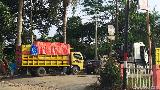 Sedih, Wilayah Penghasil Minyak Antren SPBU Sampai Depan Rumah