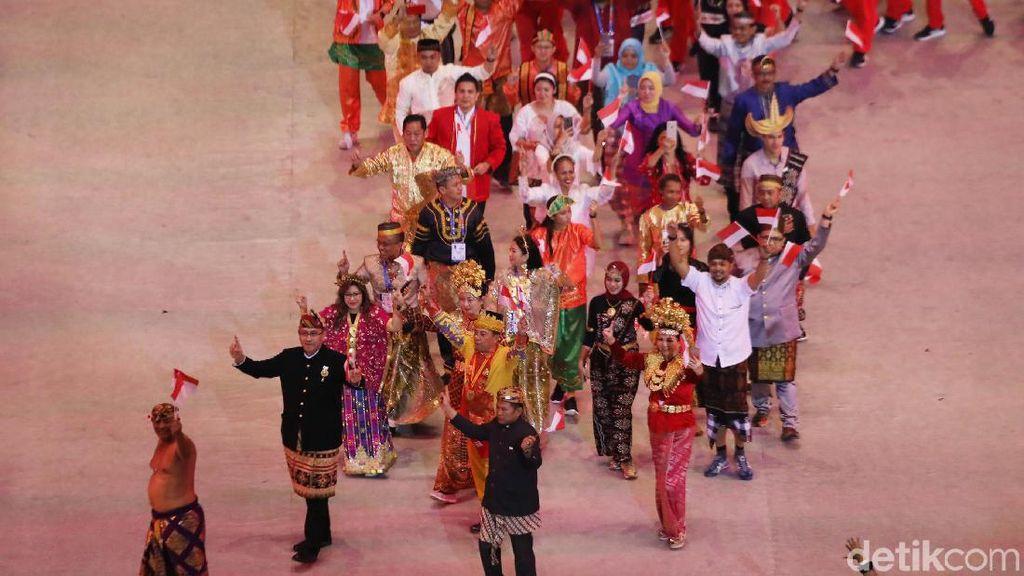 Pesan Keberagaman dari Kontingen Indonesia di Pembukaan SEA Games