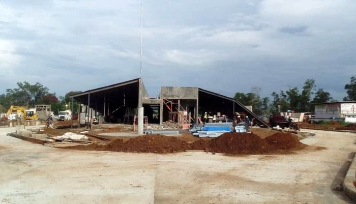 Tujuannya adalah untuk menjadikan kawasan perbatasan negara yang sering juga disebut sebagai halaman belakangnya Negara Indonesia, menjadi beranda depan yang dapat dibanggakan. Pool/Kementerian PUPR.