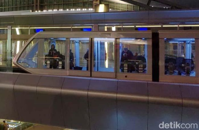 Kereta Penumpang atau passenger train ganda ini mulai beroperasi sejak November 2016 lalu.