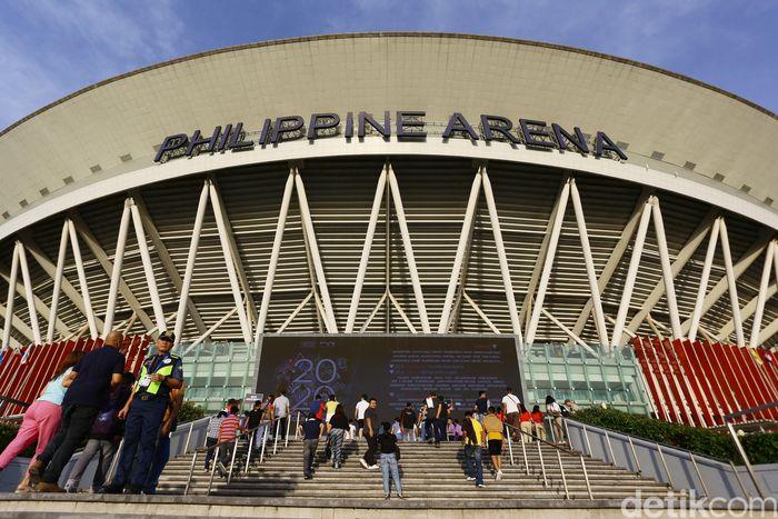 Pengunjung memadati Philippine Arena tempat berlangsungnya pembukaan Sea Games 2019, Sabtu (30/11/2019).
