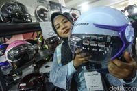 Helm untuk Hijabers Sudah Standar SNI