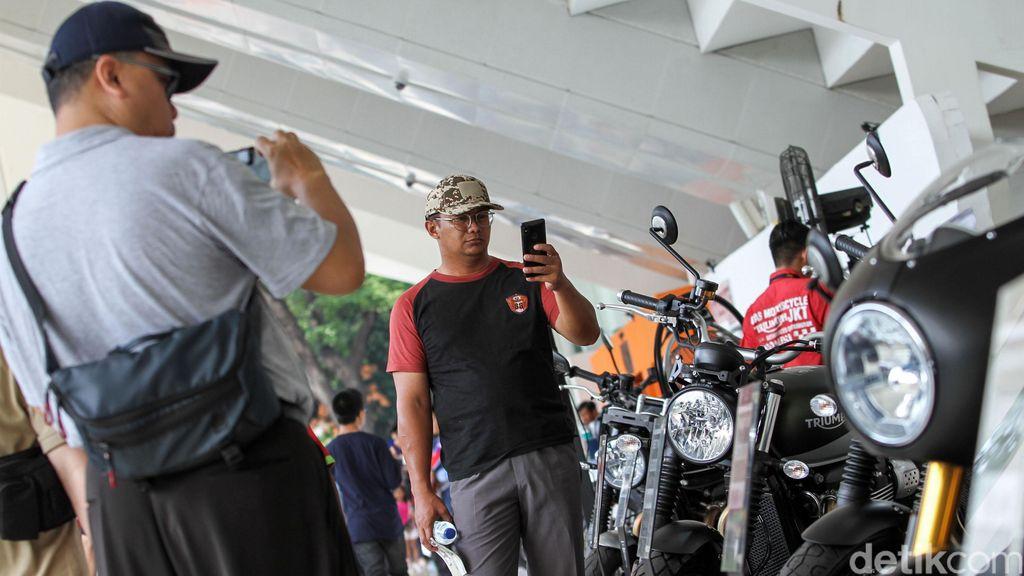 IIMS Motobike memasuki hari terakhir. Acara yang digelar di Istora, Jakarta ini masih ramai dikunjungi warga.
