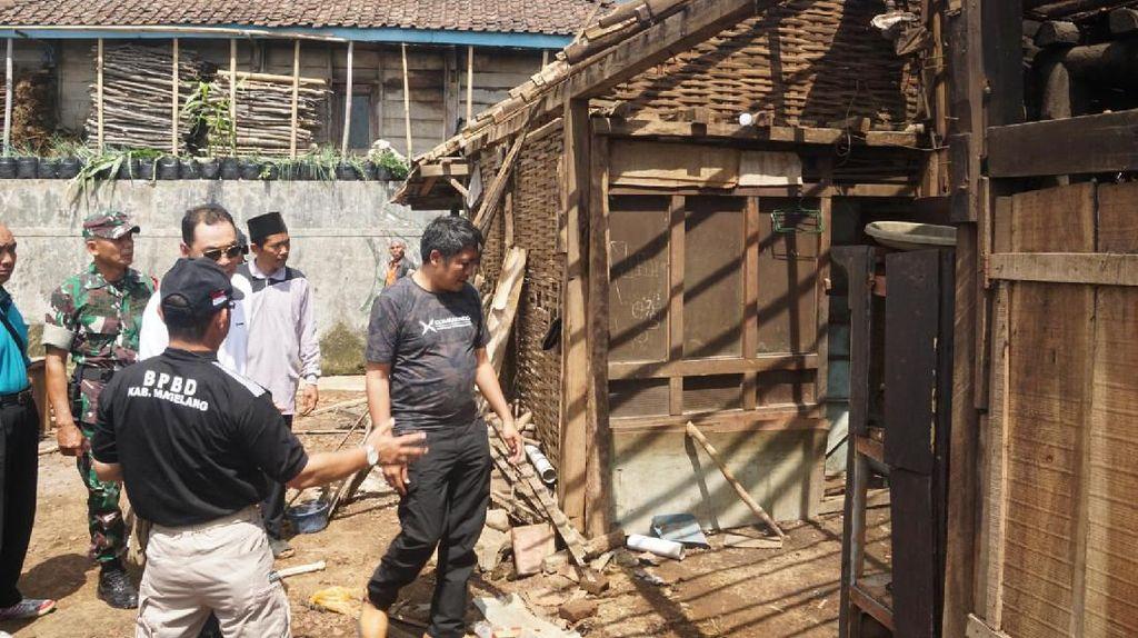 71 Rumah Rusak Diterjang Angin di Magelang, Bupati: Waspada Pancaroba
