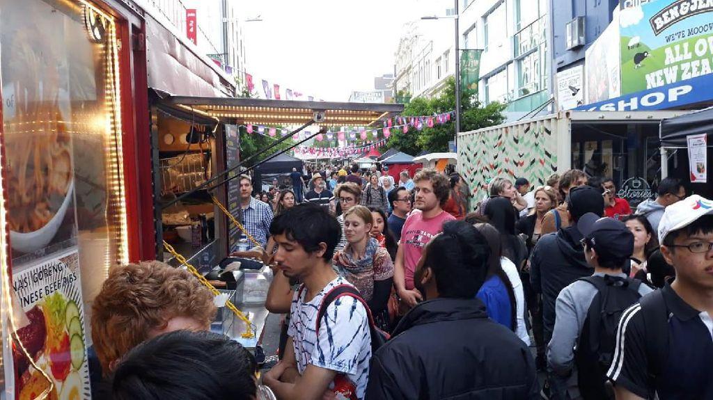 Serunya Pasar Malam Indonesia di Selandia Baru, Ada Kuliner-Tarian Nusantara