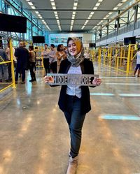 Kenalan Nih, Wanita Usia 26 Tahun Ini Jaga Orbit Satelit Milik BRI