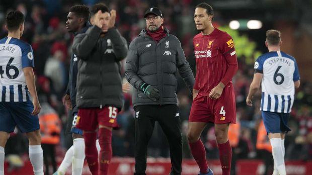 Kehadiran Virgil van Dijk membuat pemain lini belakang Liverpool meningkat permainannya.
