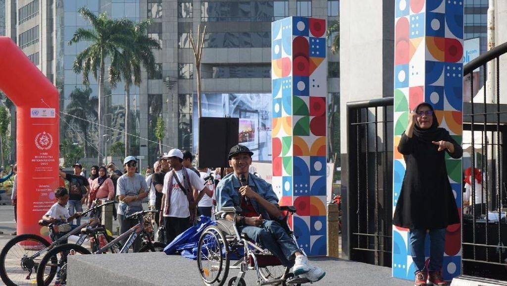 Kemensos Undang Komika Disabilitas Manggung di Kawasan CFD Jakarta