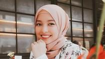 Gaya Hijab Aktris FTV Cerelia Raissa, Dulu Tak Percaya Agama Kini Hijrah