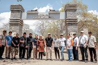 Gerbang masuk Pulau Komodo