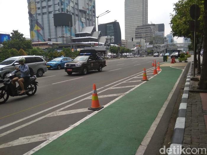 Jalur sepeda di Jl MH Thamrin (Kadek Melda Luxiana/detikcom)