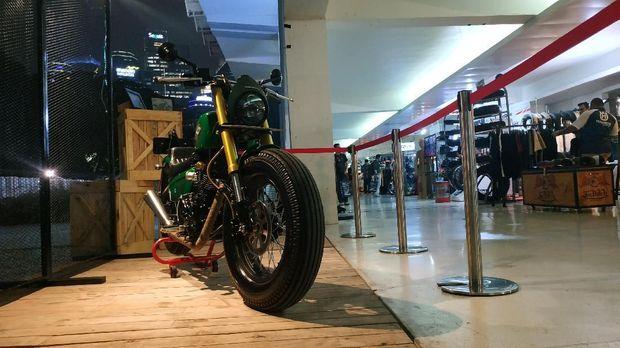 Lihat Langsung Motor Custom Milik Jokowi di IIMS Motobike Expo