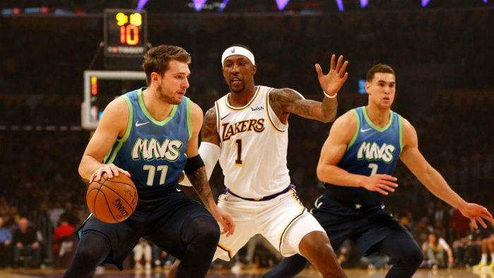 Dallas Mavericks berhasil mengalahkan LA Lakers 114-100 dalam lanjutan NBA (Foto: Katharine Lotze/Getty Images)