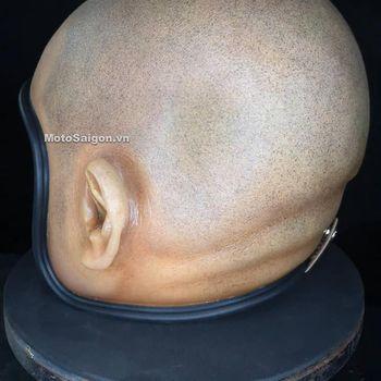 Waduh, Helm Unik Bentuk Kepala Botak