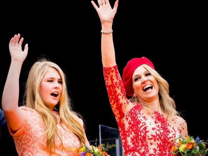 Putri Amalia dan ibunya, Ratu Maxima dari Belanda. (Foto: Getty Images)