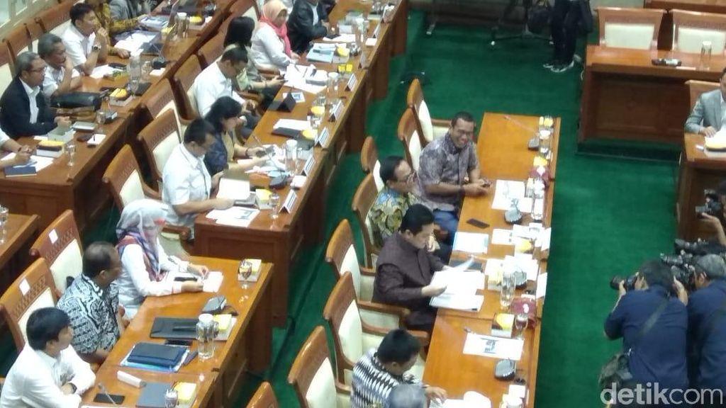 Erick Thohir Rapat Perdana di DPR Bahas Suntikan Modal Buat BUMN