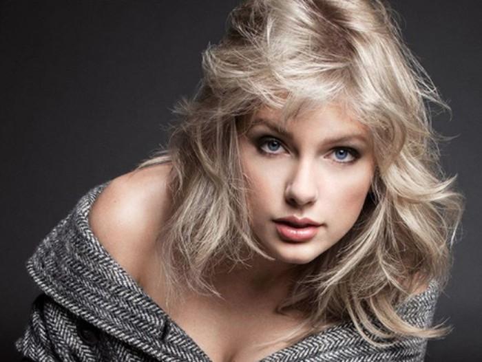 Taylor Swift saat pemotretan majalah Vogue.