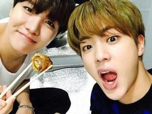 5 Makanan Terlarang untuk Disantap Para Idol K-pop