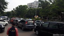 Senin Pagi, Jalan Abdul Muis Menuju Tanah Abang Macet