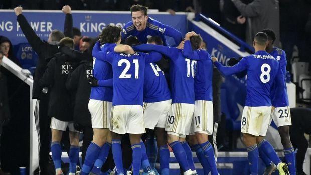 Kegembiraan pemain-pemain Leicester di akhir pertandingan.