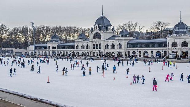 Nikmati Liburan Musim Dingin di Budapest
