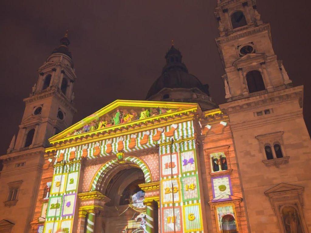 Pasar Natal di Budapest, Hongaria. (Foto: iStock)