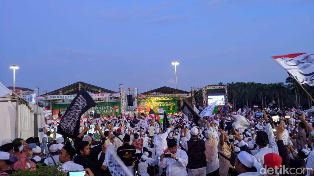 Reuni 212 Harap Habib Rizieq Pulang dengan Penuh Keindahan