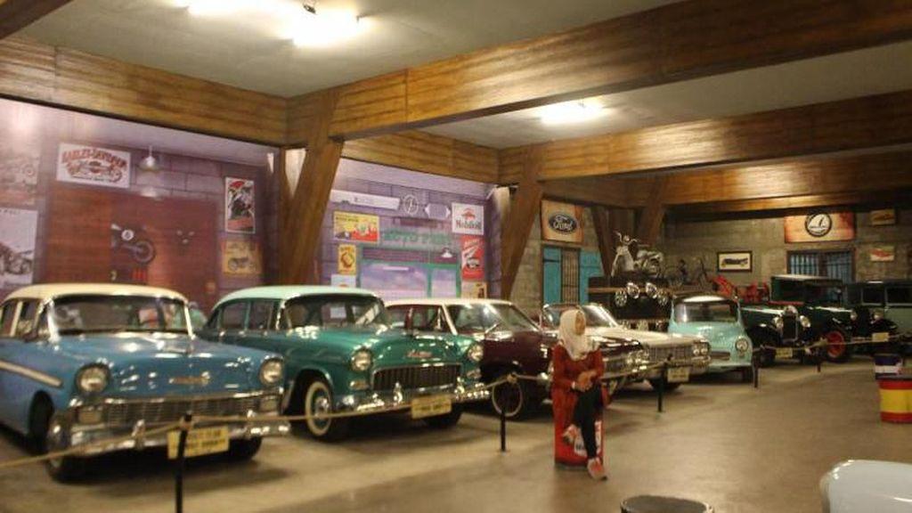 Intip Kendaraan Dunia Zaman Old Di Museum Angkut