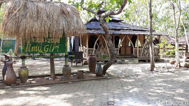 Musala lokasi mahasiswa tewas terperosok ke dalam sumur saat jadi imam salat di Bantul.