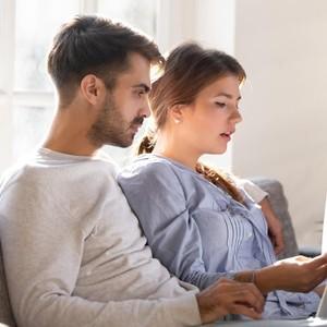 Wanita Bikin Daftar Kebaikan Suami, Alasannya Bikin Ngeri Tapi Lucu