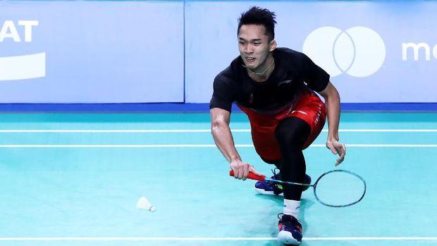 Jonatan jadi bagian dari tim Indonesia yang memenangkan medali emas beregu putra di SEA Games 2017.
