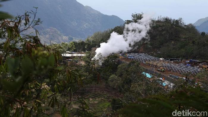 Panas bumi akan menjadi andalan sumber listrik energi baru terbarukan di Flores. Salah satunya adalah PLTP Sokoria, Ende, Kupang.