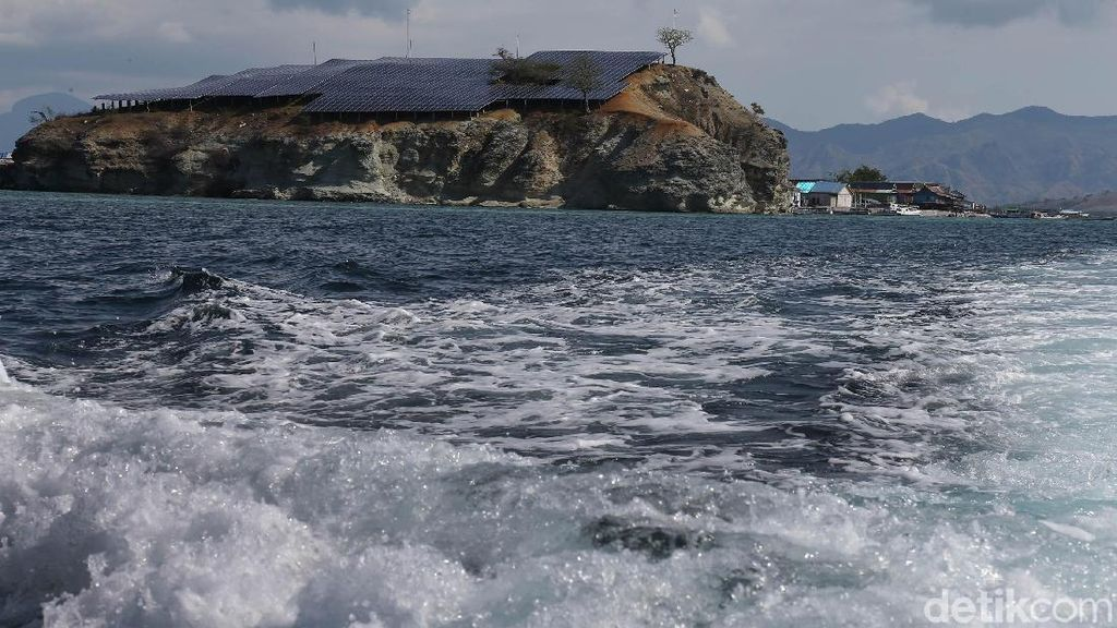 Kini Pulau Messah Punya PLTS
