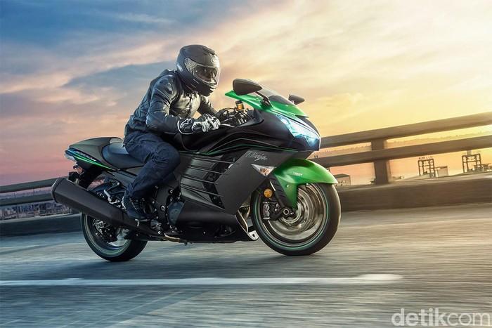 Motor gede Kawasaki yang dulu sempat disebut-sebut sebagai motor tercepat, Ninja ZX-14R akhirnya pensiun. Motor dikabarkan akan dihentikan produksinya setelah 2020.
