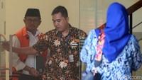 Ia diperiksa terkait kasus dugaan suap yang menjerat dirinya saat menjabat sebagai Bupati Indramayu.