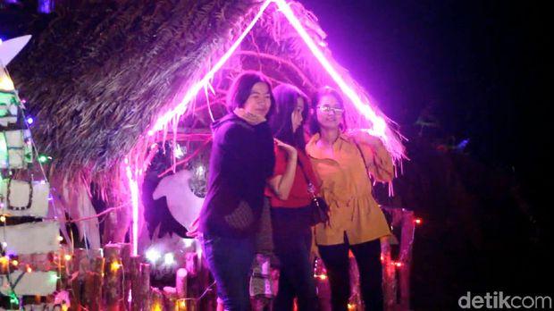 Kampung Natal yang Ngehits di Sulawesi Barat