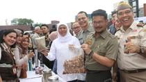 Dampingi Mentan, Khofifah Lepas Ekspor Komoditas Pertanian Jatim Rp 805 M