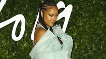 Rihanna Jadi Wanita Paling Berpengaruh Versi Majalah Forbes