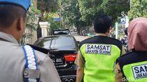 Nunggak Pajak Mobil Mewah Rp 350 Juta, Hitungan Jam Sudah Lunas