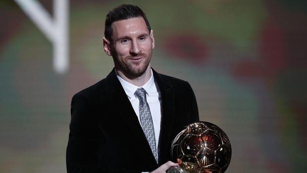 Lionel Messi raih Ballon d'Or keenam.