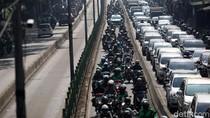 Lagi, Pemotor Terobos Massal Jalur TransJakarta