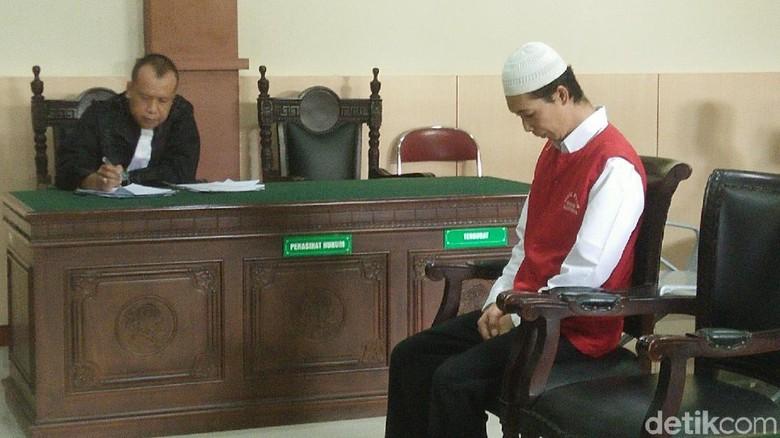 Deni Pelaku Mutilasi PNS Kemenag Bandung Dituntut Hukuman Mati