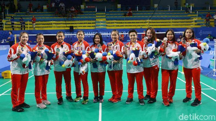 Tim bulutangkis putri Indonesia meraih perak SEA Games 2019. (Foto: Grandyos Zafna/detikcom)