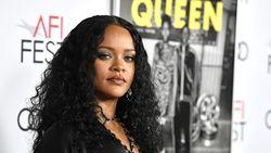 Rihanna Minta Maaf karena Pakai Hadist Islam di Acara Rilis Lingerie