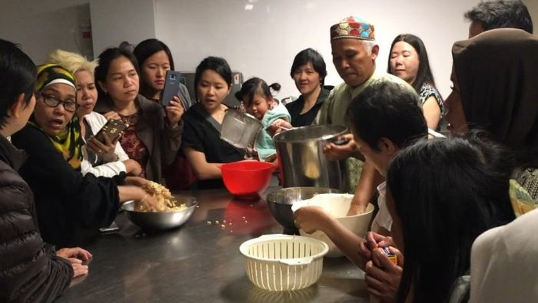 Puji Rahayu Bantu Obati Rasa Kangen Tempe Lewat Kursus Gratis di Sydney