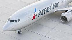 Corona Merajalela, American Airlines Bakal Pangkas 30% Karyawan