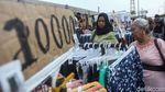 Menolak Direlokasi, PKL Senen Bertahan di Trotoar